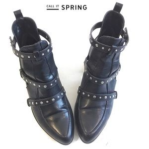 Call it Spring studded shoes Sz 8